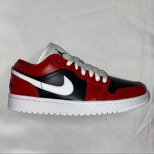 Nike Air Jordan 1 Low Women's Chicago Flip size 7
